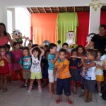 Professores e diretores da creche vereador Luiz de França realizam festa de boas vindas para criançada