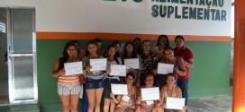 Comunidade do povoado Pontes em Feliz Deserto recebem certificados de curso de bordado
