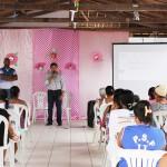 CRAS comemora o mês do idoso e realiza palestra em homenagem ao Outubro Rosa.